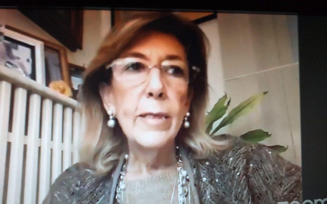 Pina Amarelli durante il suo intervento