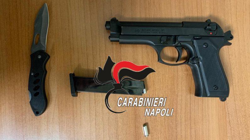Colpisce l'ex e la figlia minore con calcio pistola a salve. 50enne arrestato dai Carabinieri