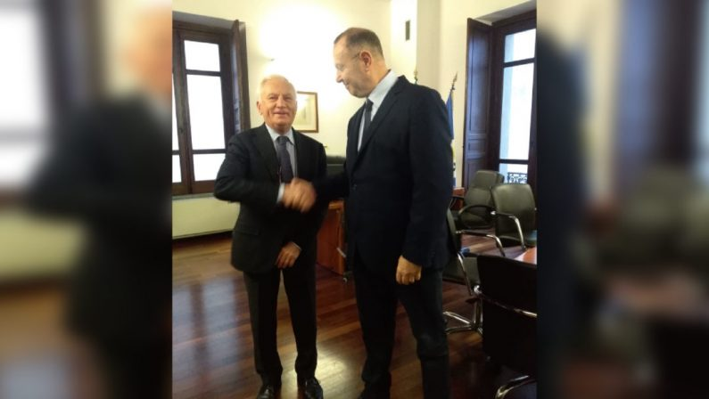 """Inchiesta """"Sistema Cosenza"""": interdizione di un anno dai pubblici uffici per Scura, Cotticelli e Belcastro"""