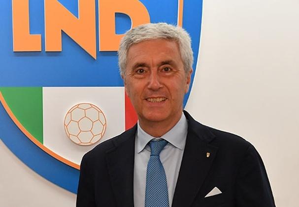 Calcio: Riforma campionati,botta e risposta Ghirelli-Sibilia