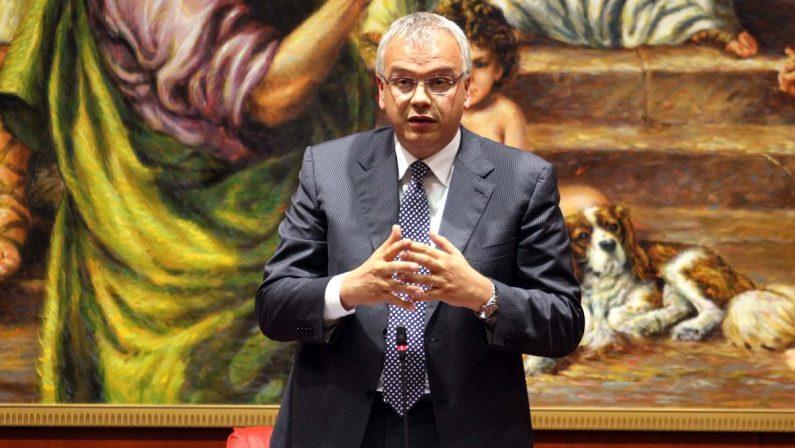 Regione, l'assessore Talarico torna in Giunta dopo la sospensione per l'inchiesta