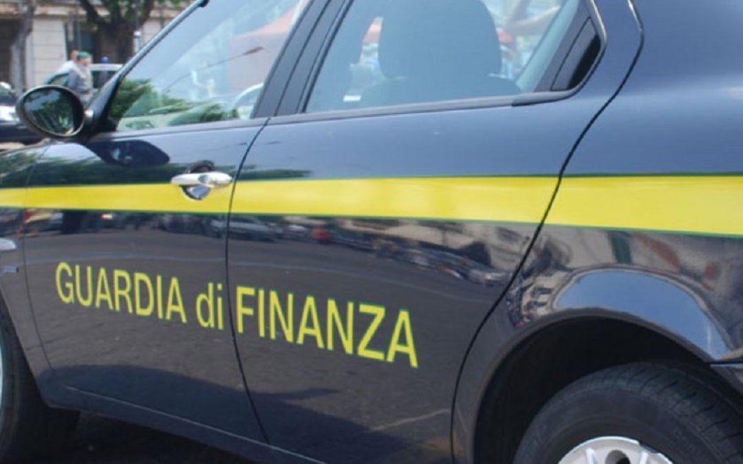 """""""Negozio del falso"""" scoperto in un appartamento del centro di Reggio Calabria"""