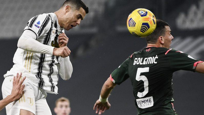 Serie A, la Juve travolge il Crotone: doppietta di Ronaldo e gol di McKennie