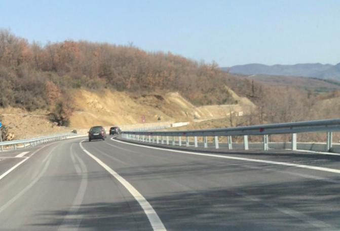 Strada provinciale 32, torna percorribile l'arteria della Camastra