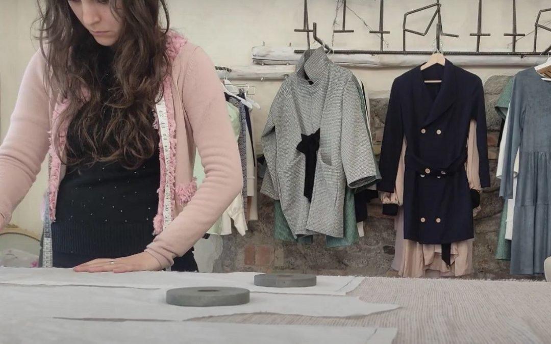 Dai laboratori di chimica dell'Unical un'idea per la moda sostenibile: tessuti dalle ginestre – VIDEO