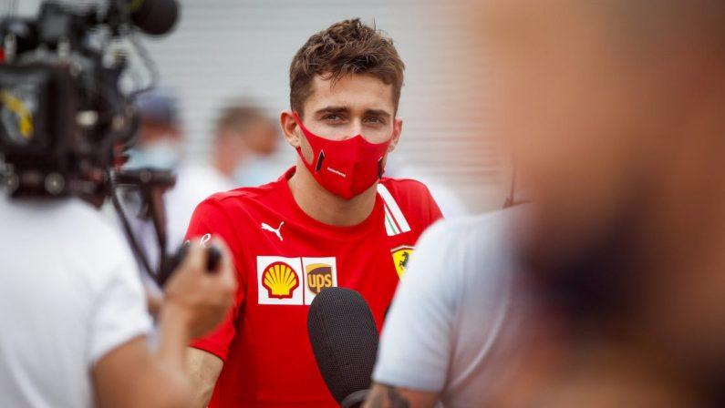 """Formula 1 2021, doccia fredda di Leclerc: """"Non credo che la Ferrari lotterà per il titolo"""""""