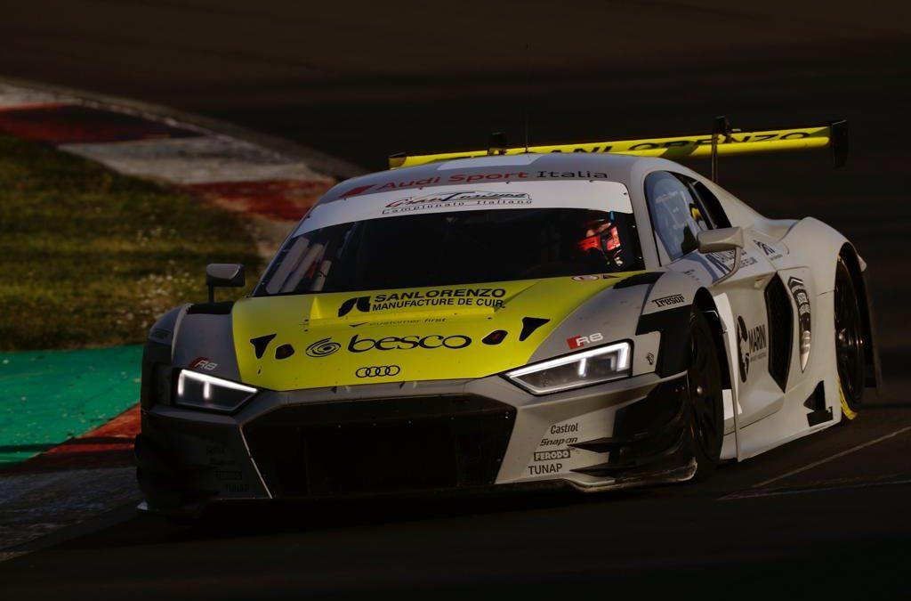 Vito Postiglione a bordo di Audi-R8 nei test di Vallelunga