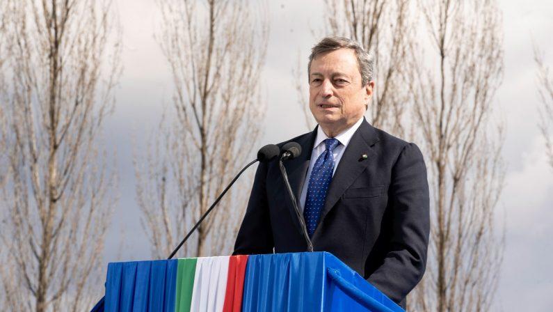 Draghi visto dagli italiani: l'uomo delle soluzioni malgrado i partiti