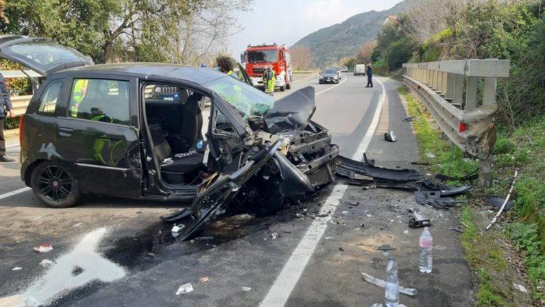 Incidente stradale nel vibonese, 4 feriti: due sono bimbe