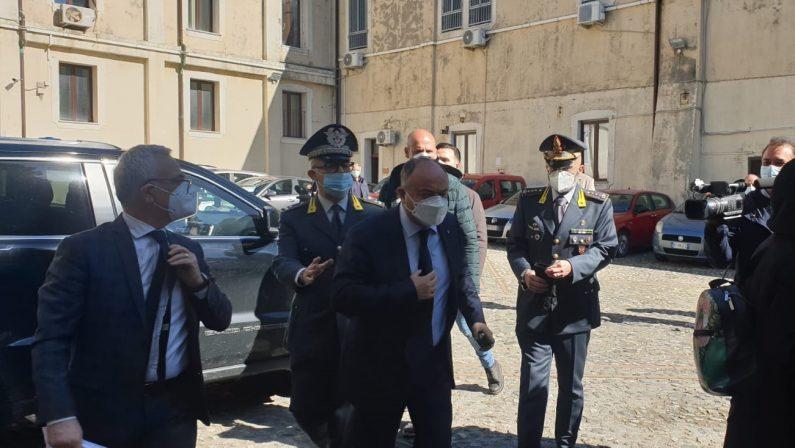 """Giustizia, il """"pensiero"""" Gratteri divide l'Italia: dalle critiche nell'Anm all'ipotesi promozione"""