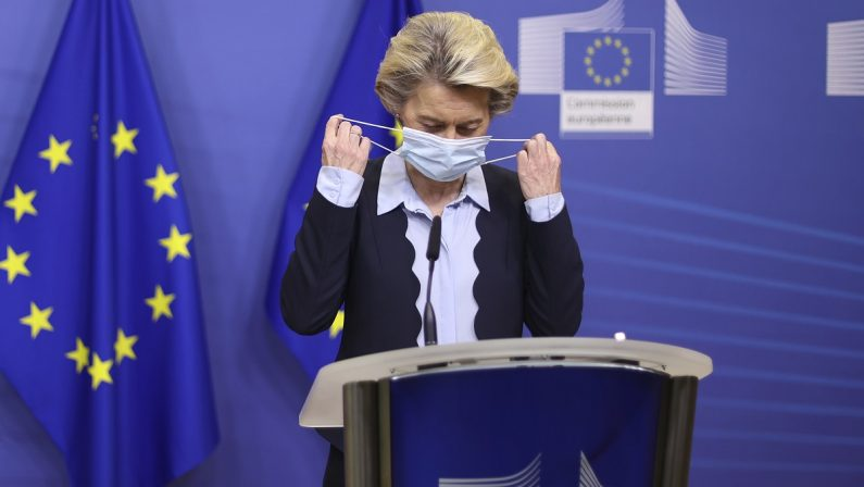 Un Certificato verde europeo per viaggiare e salvare l'estate