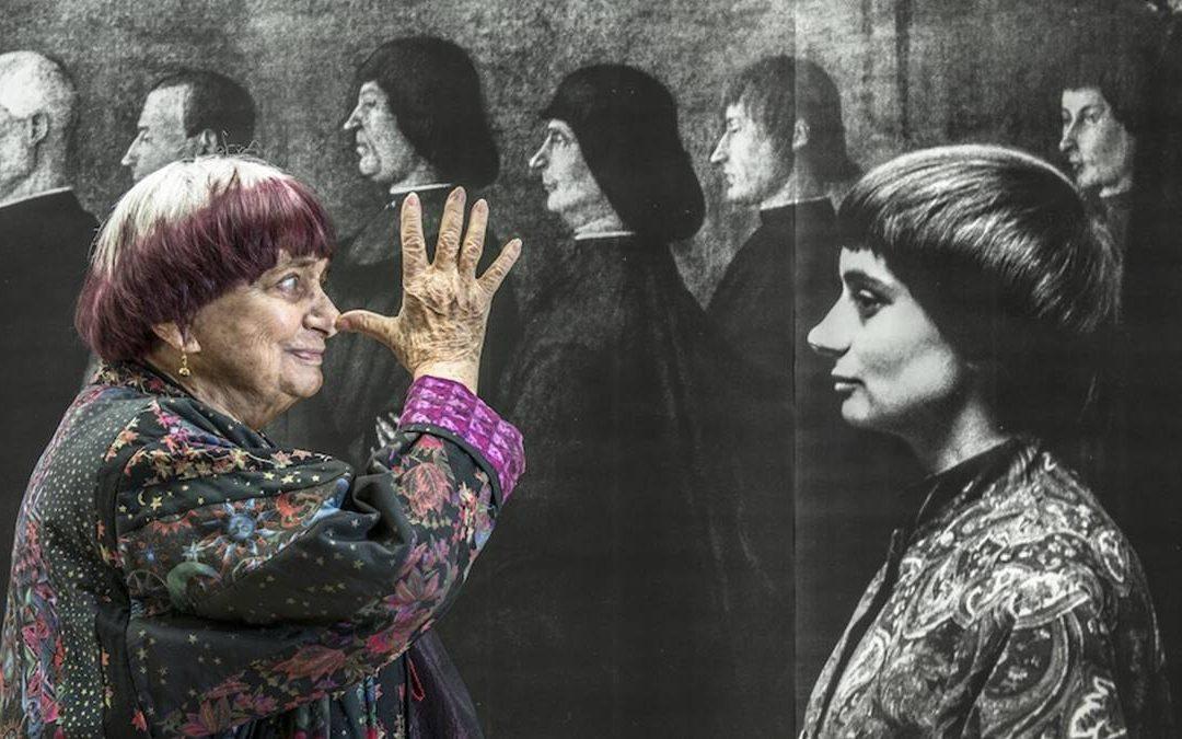 Agnès Varda nel suo studio