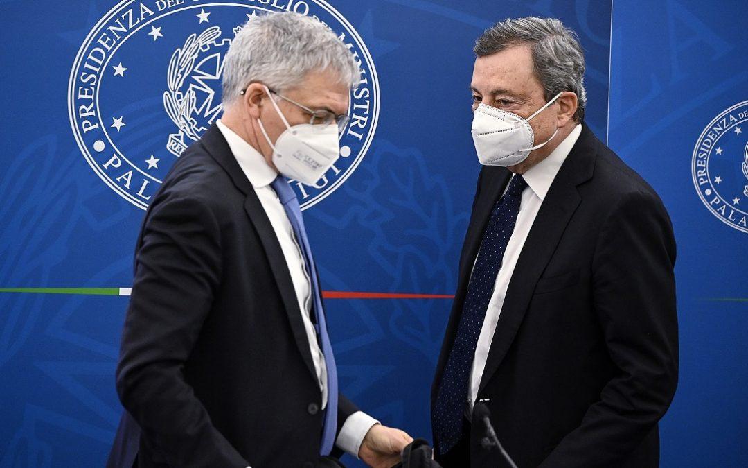 Daniele Franco, ministro dell'Economia, e il premier Mario Draghi