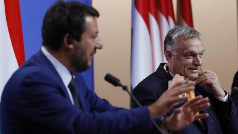 Con Draghi in Italia, con Orban in Europa: la paura di Salvini di un passo al centro