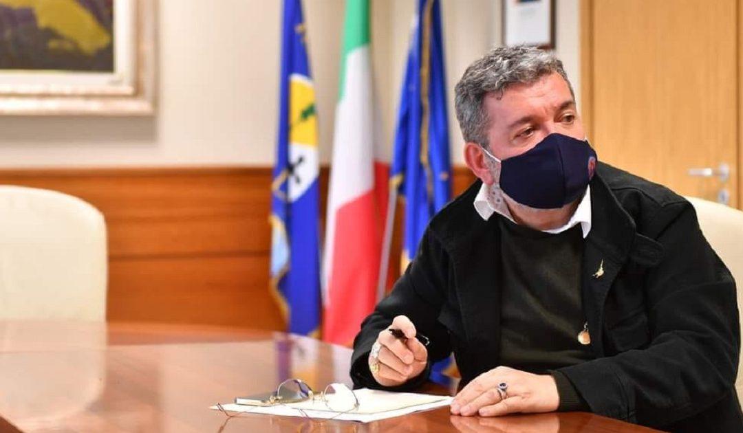Il presidente ff della Regione Calabria Nino Spirlì