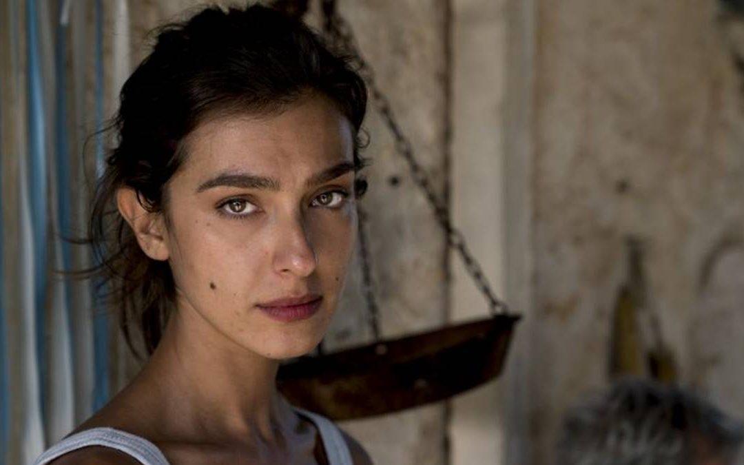 L'attrice emergente Stella Egitto