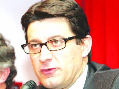 Operazione Iceberg, indagato l'ex sindaco di Pignola Petrone