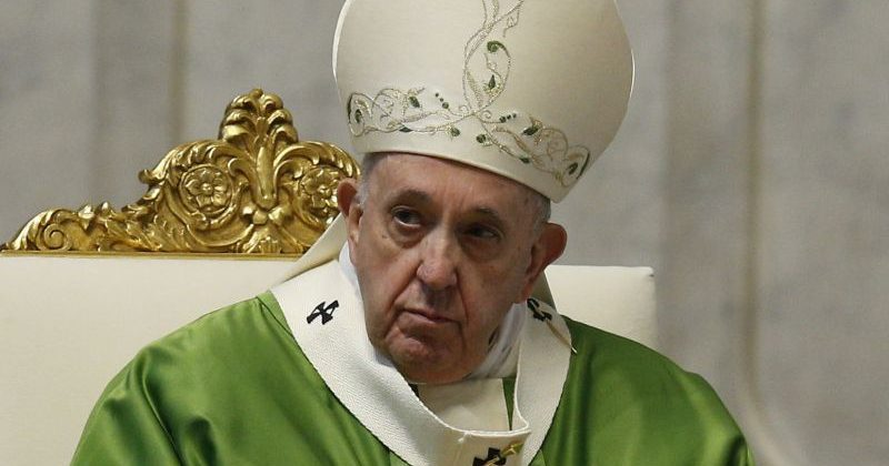 Vaccino Coronavirus, Papa Francesco: «Strumento essenziale nella lotta alla pandemia»