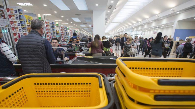 Commercio, a febbraio in aumento le vendite al dettaglio