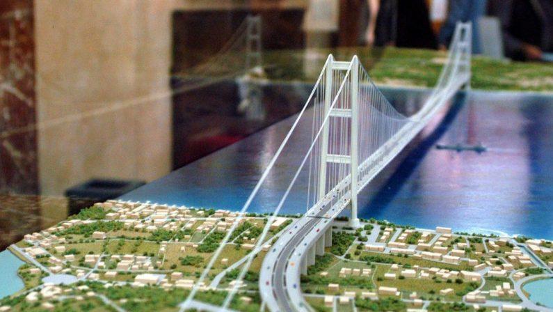 Ponte, il progetto cambia di nuovo: l'alibi per chi non lo vuole fare
