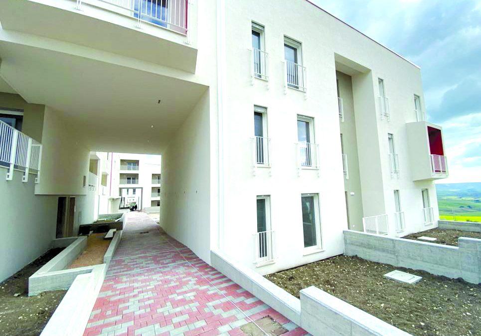 Uno degli edifici destinati ad alloggi sociali in contrada San Francesco ad Agna