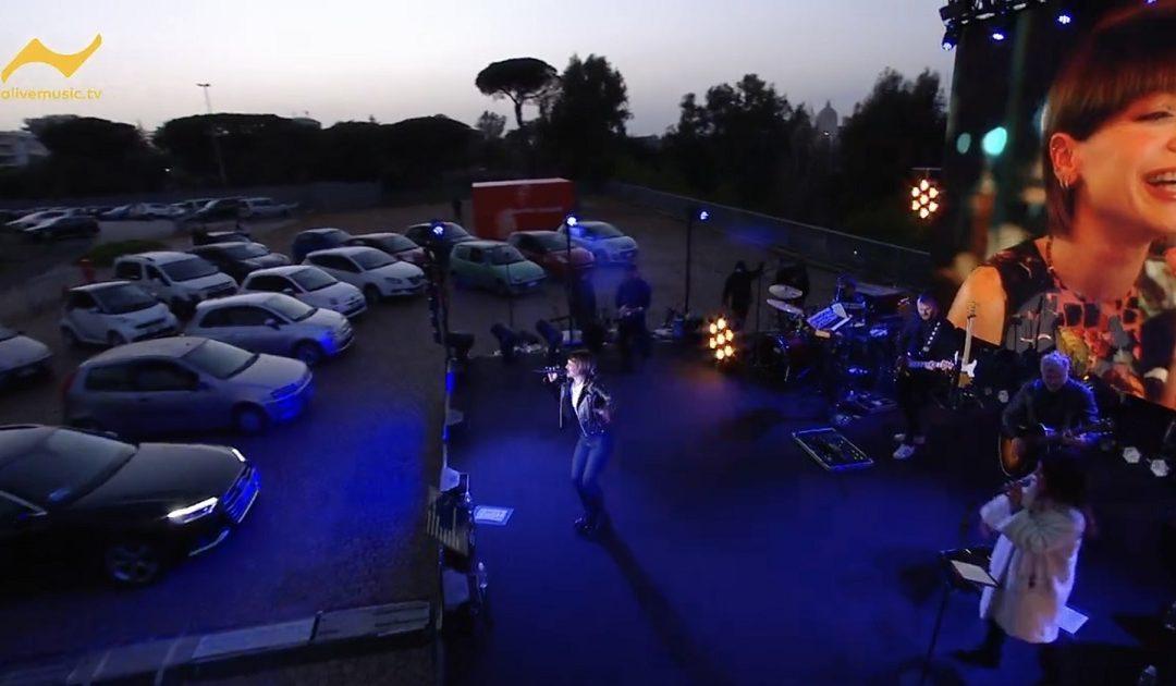 Un momento del concerto in streaming