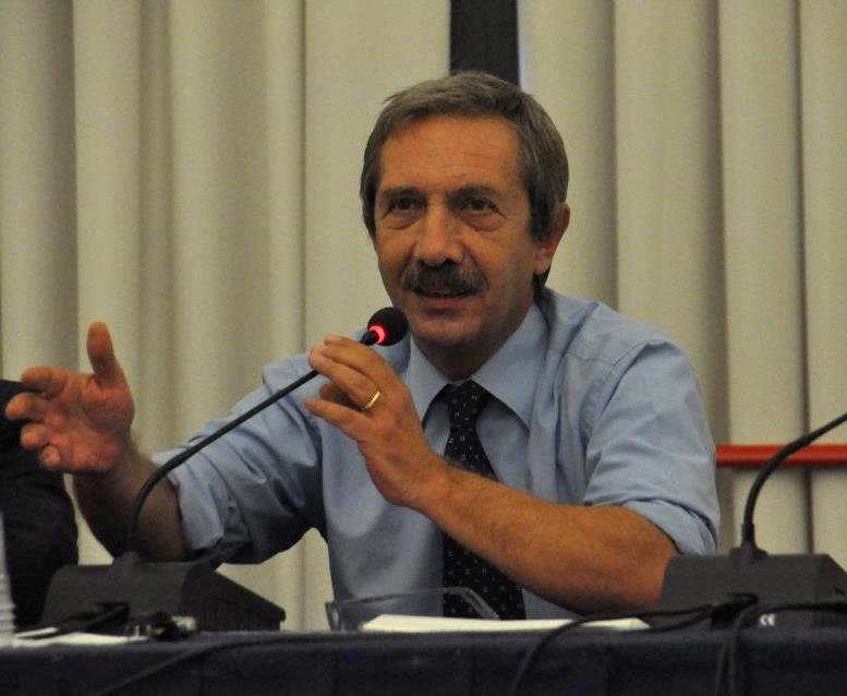 Addio ad Ernesto Paolozzi, il ricordo del Suor Orsola nei suoi aforismi di libertà