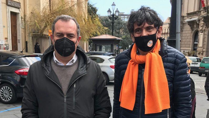 """ASSUNZIONE DI CALABRESI A NAPOLI DE MAGISTRIS """"TUTTO TRASPARENTE NOI SIAMO ONESTI"""""""