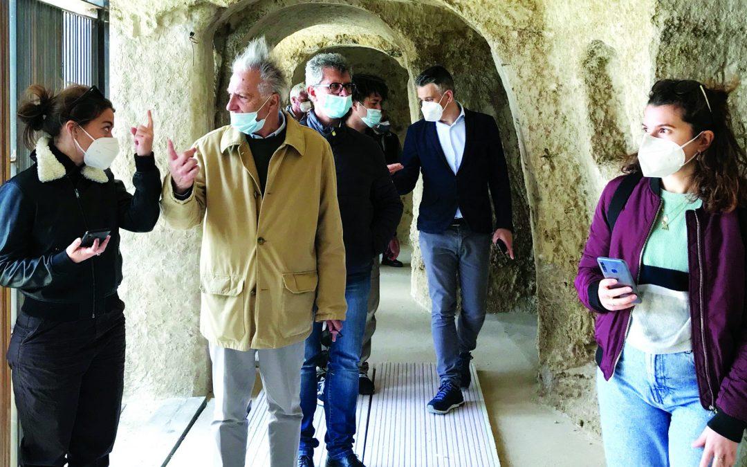 Una delegazione di Assorestauri vede gli interventi nel parco della Murgia