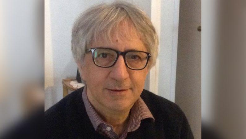 Il Covid spegne Carlo Cuccomarino pensatore critico meridionale e fondatore di Radio Ciroma