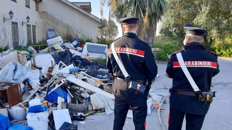Piano di Sorrento: individuata e sequestrata dai Carabinieri discarica di rifiuti speciali a cielo aperto