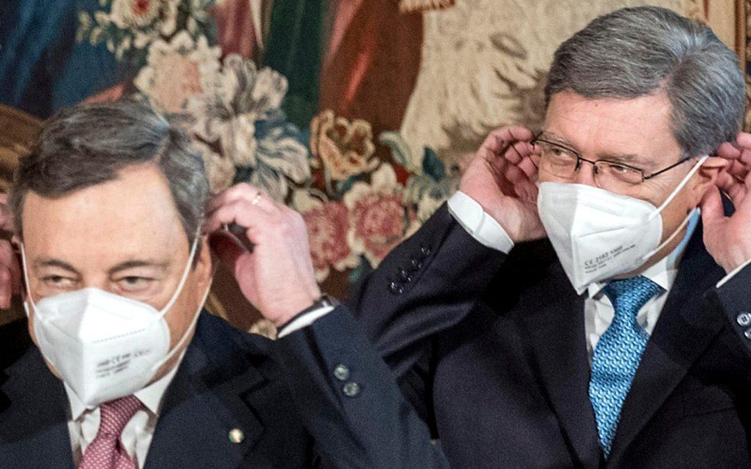 Il presidente del Consiglio Mario Draghi e il ministro delle Infrastrutture Enrico Giovannini
