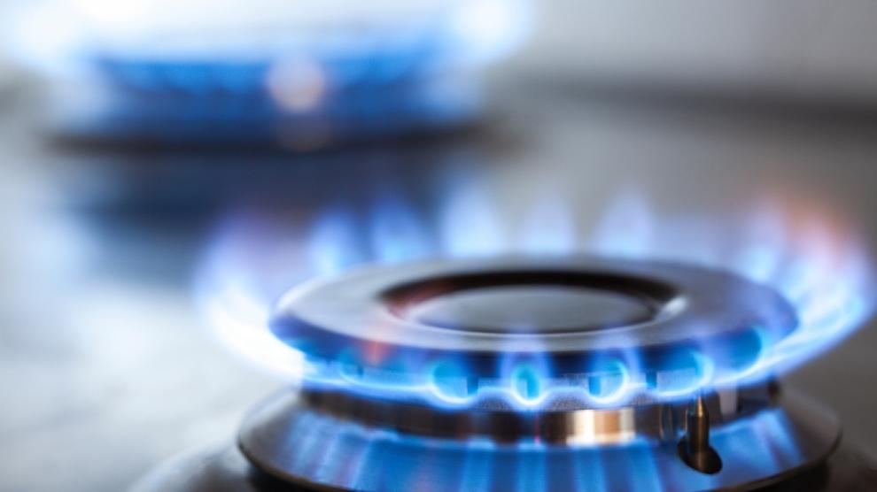 ACQUA, LUCE E GAS: COSÌ IN LOMBARDIA I PRIVATI ARRAFFANO LE SOCIETÀ PUBBLICHE