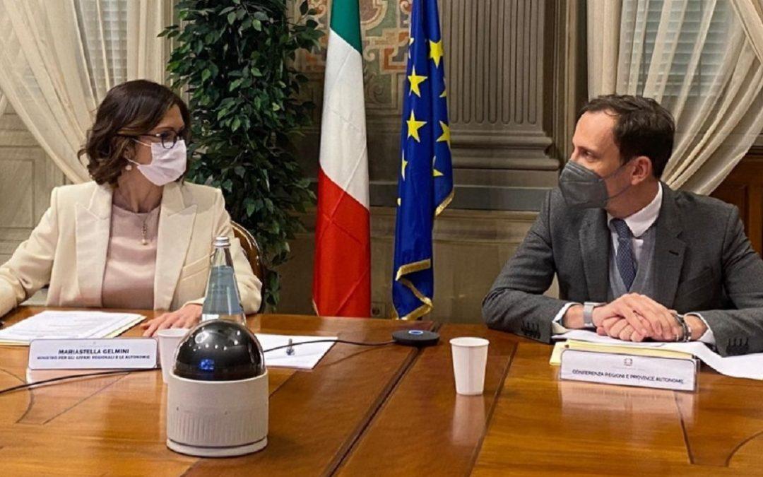 La ministra Mariastella Gelmini e Massimiliano Fedriga, presidente della conferenza delle Regioni