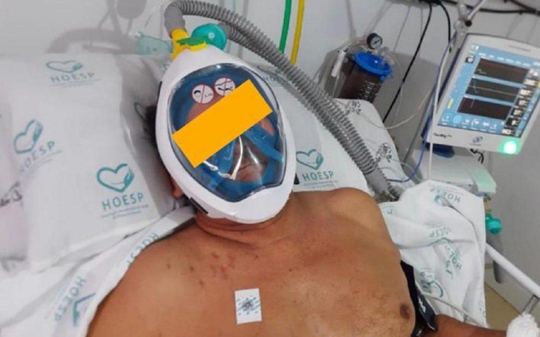Uno dei pazienti ricoverati con la maschera trasformata in respiratore