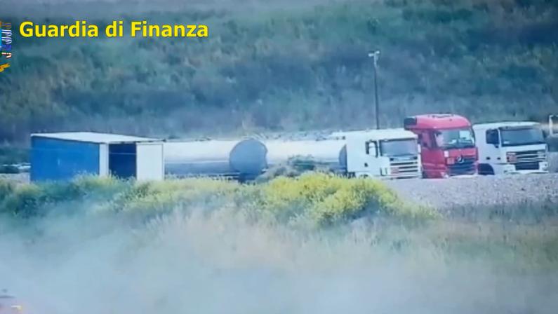 """'Ndrangheta, false fatture e commercio petrolifero: i """"giri"""" milionari delle cosche reggine"""