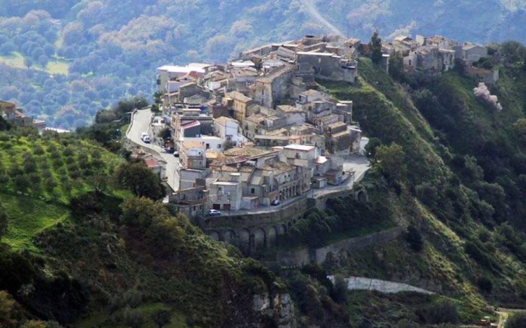 Una veduta di Careri, borgo della Locride
