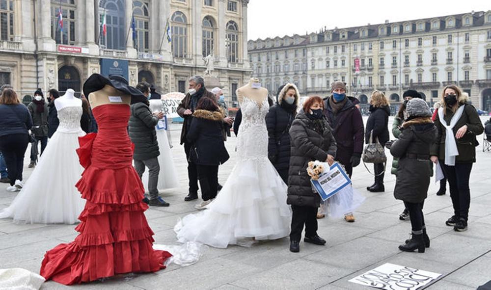 Una protesta degli operatori del Wedding
