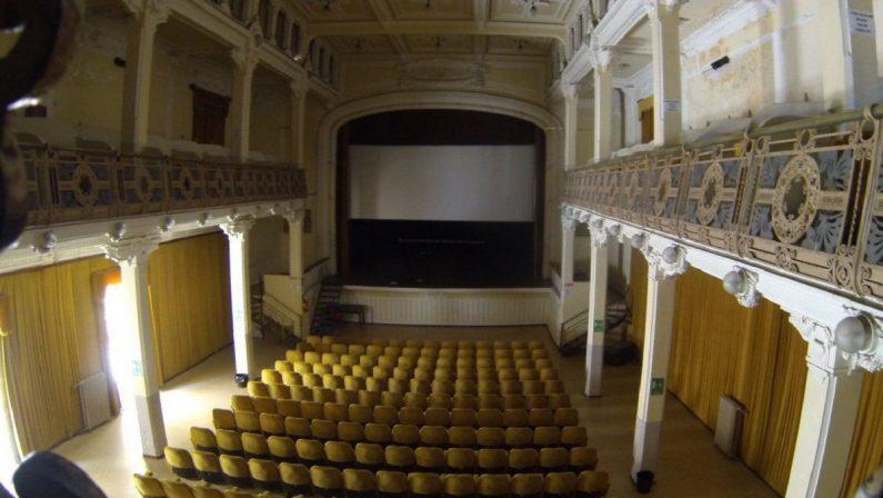 Catanzaro, il Comune acquista lo storico Teatro Masciari