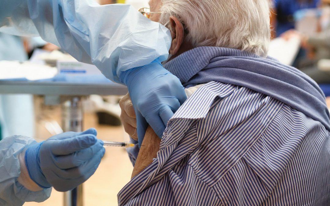 Vaccini: crollo in Calabria, solo 6.500 dosi in un giorno