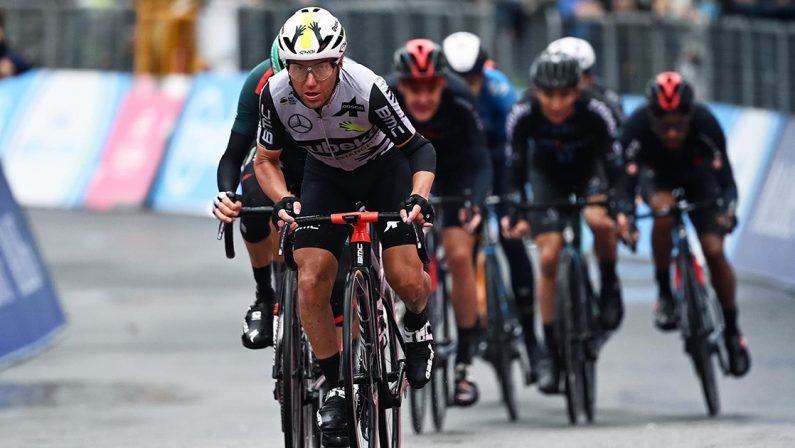 Giro d'Italia 2021, Domenico Pozzovivo si ritira dopo la caduta durante la sesta tappa