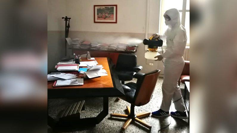 Mileto, il coronavirus dilaga: 107 casi, il sindaco Giordano chiude tutto