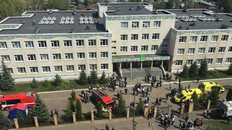 Tragedia in una scuola in Russia, 19enne spara sugli studenti, oltre una decina di morti