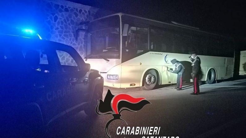 Ruba gasolio dagli autobus delle Ferrovie della Calabria, arrestato nel Catanzarese