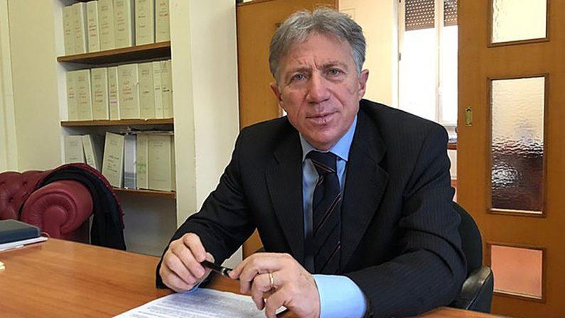 Bilanci, l'Asp di Cosenza di nuovo senza vertici: Vincenzo La Regina è decaduto