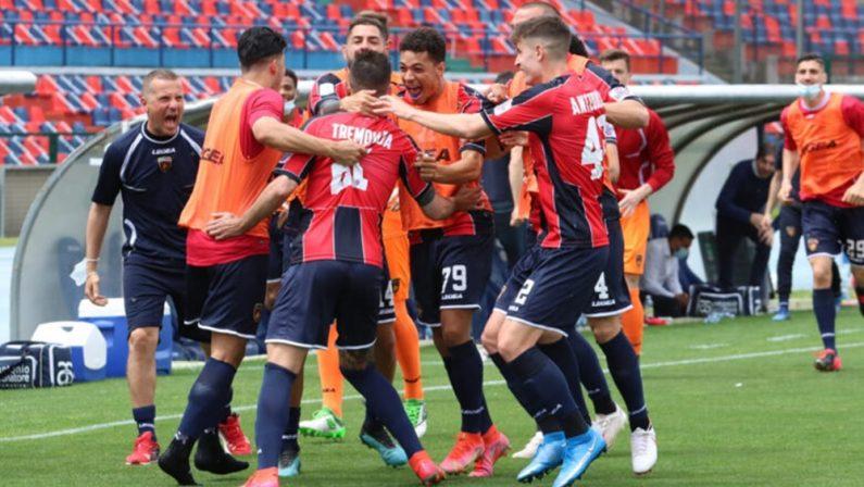 Serie B, il Cosenza stende il Pescara e lo condanna alla matematica retrocessione