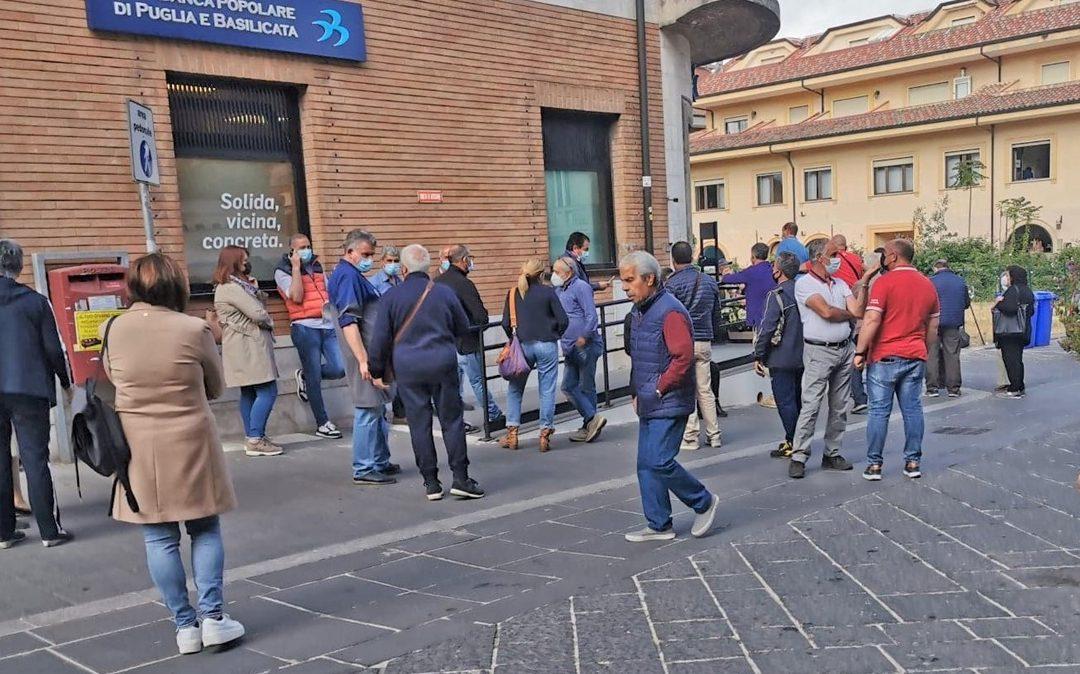 Disagi bancari a Vibo Valentia a seguito della fusione tra Ubi Banca e Banca Intesa