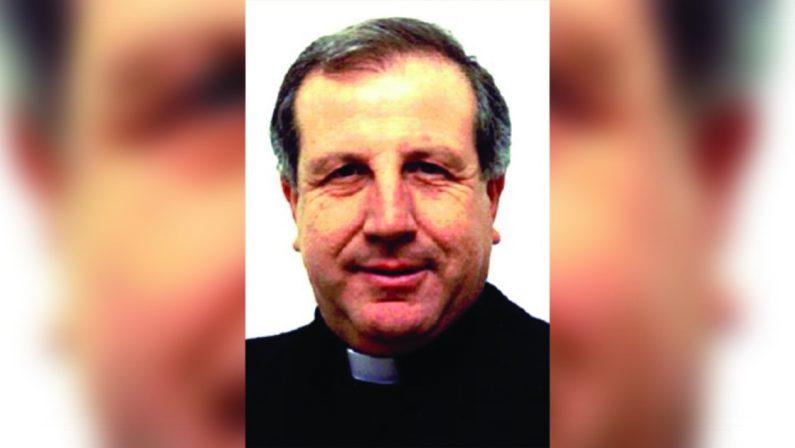 Abriola, il parroco don Giuseppe a processo. «Ha vessato e truffato una vedova indifesa»