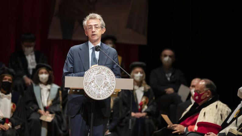 Manfredi candidato a sindaco: «Napoli protagonista, io farò la mia parte»