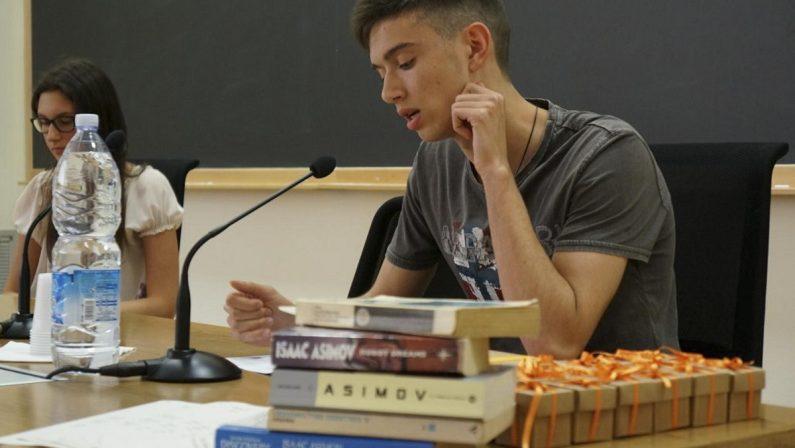 """La divulgazione scientifica nelle scuole, ecco gli studenti calabresi vincitori del """"Premio Asimov"""""""